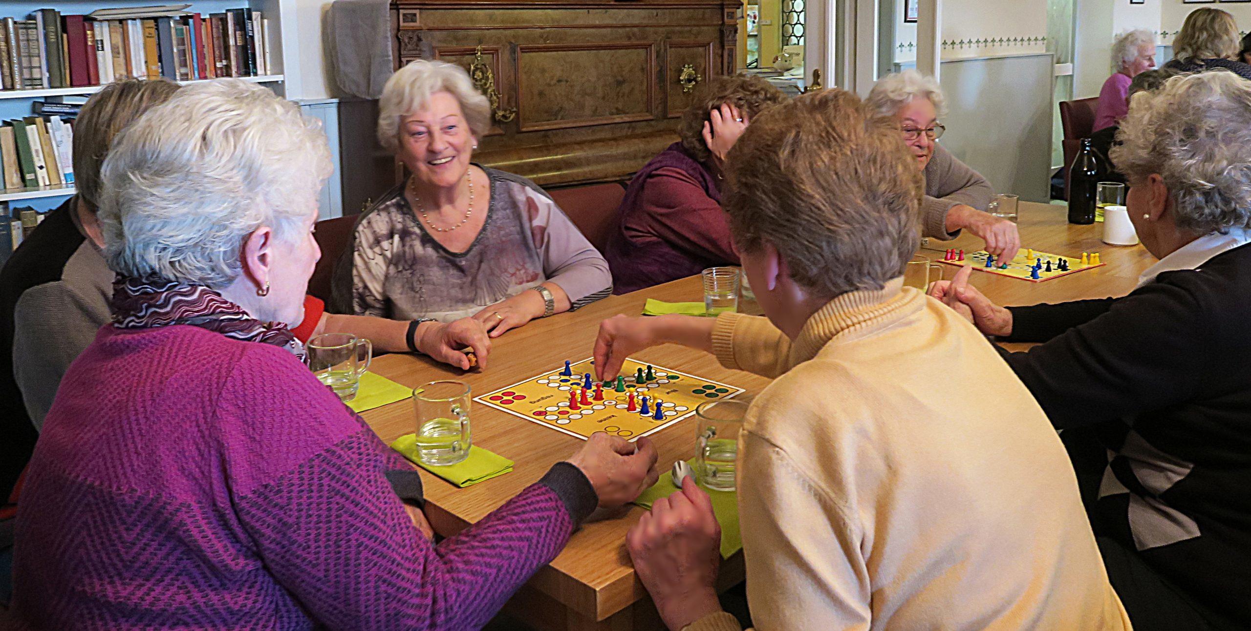 Senioren beim geilen Liebes Spiel