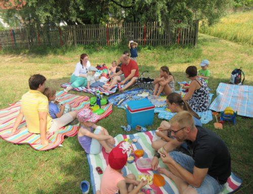 Erstes Eltern-Kind-Picknick in Lohkirchen