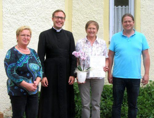 Fanny Sickinger seit 40 Jahren im Pfarrgemeinderat Aspertsham aktiv