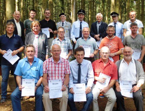 KSK Lohkirchen ehrt langjährige Mitglieder