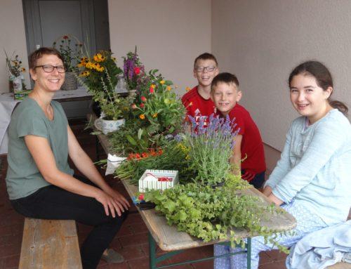 Kräuterbuschenbinden im Ferienprogramm