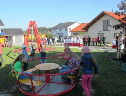 Spielplatz im Lohkirchner Baugebiet erhielt kirchlichen Segen