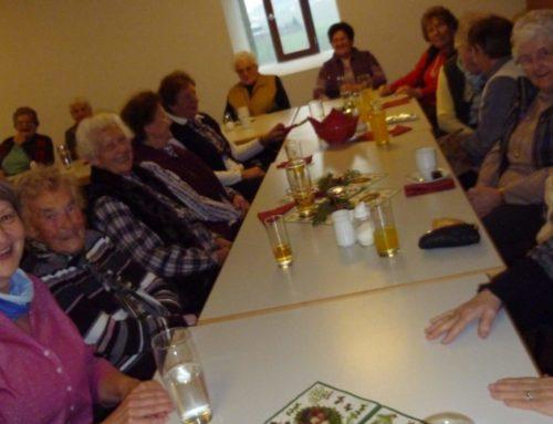 Seniorenadvent in Oberbergkirchen von Kirche und Gemeinde