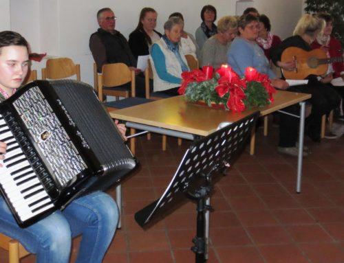 Lohkirchner Senioren auf Ankunft des Herrn eingestimmt