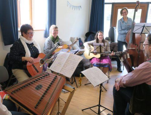 Musikverein Oberbergkirchen/Zangberg veranstaltete ersten Saitenmusiktag