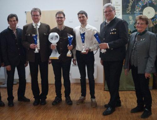 Schützenvereine kämpften fair um Pokal der VG Oberbergkirchen