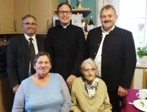 Juliane Binsteiner feierte 90. Geburtstag