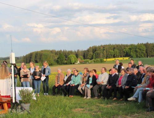 OGV Aspertsham-Irl weihte neues Feldkreuz mit Maiandacht ein