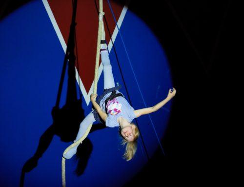 Grundschüler und Kita-Kinder Oberbergkirchen schnupperten Zirkusluft