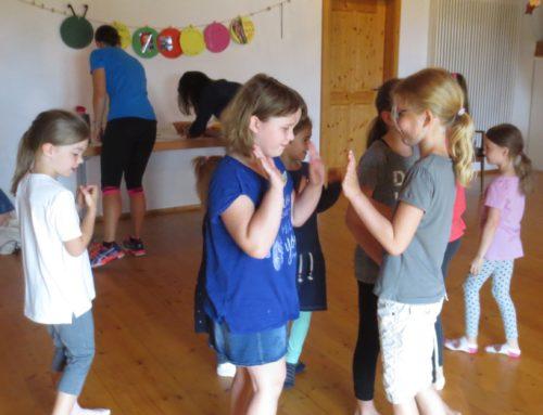 Fetzige Tänze beim Ferienprogramm