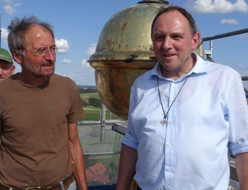 Kirchturmrenovierung in Lohkirchen schreitet voran