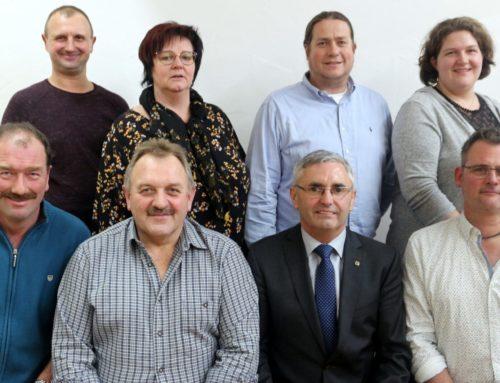 CSU und Parteifreie Wähler Oberbergkirchen stellen Bürgermeister- und Gemeinderatskandidaten auf