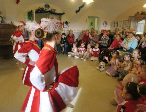 Zangberger Senioren erfreuten sich bei Faschingsfeier