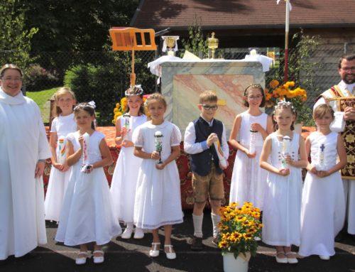 Erstkommunion in Schönberg gefeiert