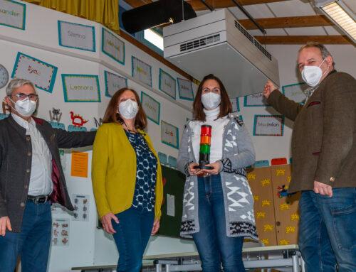 Grundschüler des Schulverbandes Oberbergkirchen atmen dank Lüftungsanlagen nur noch Frischluft ein