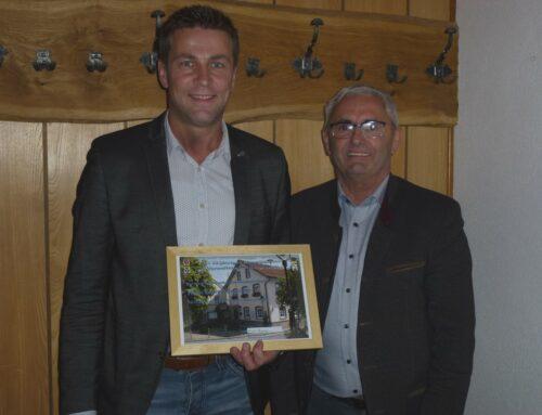 VGem Oberbergkirchen ehrte Mitarbeiter